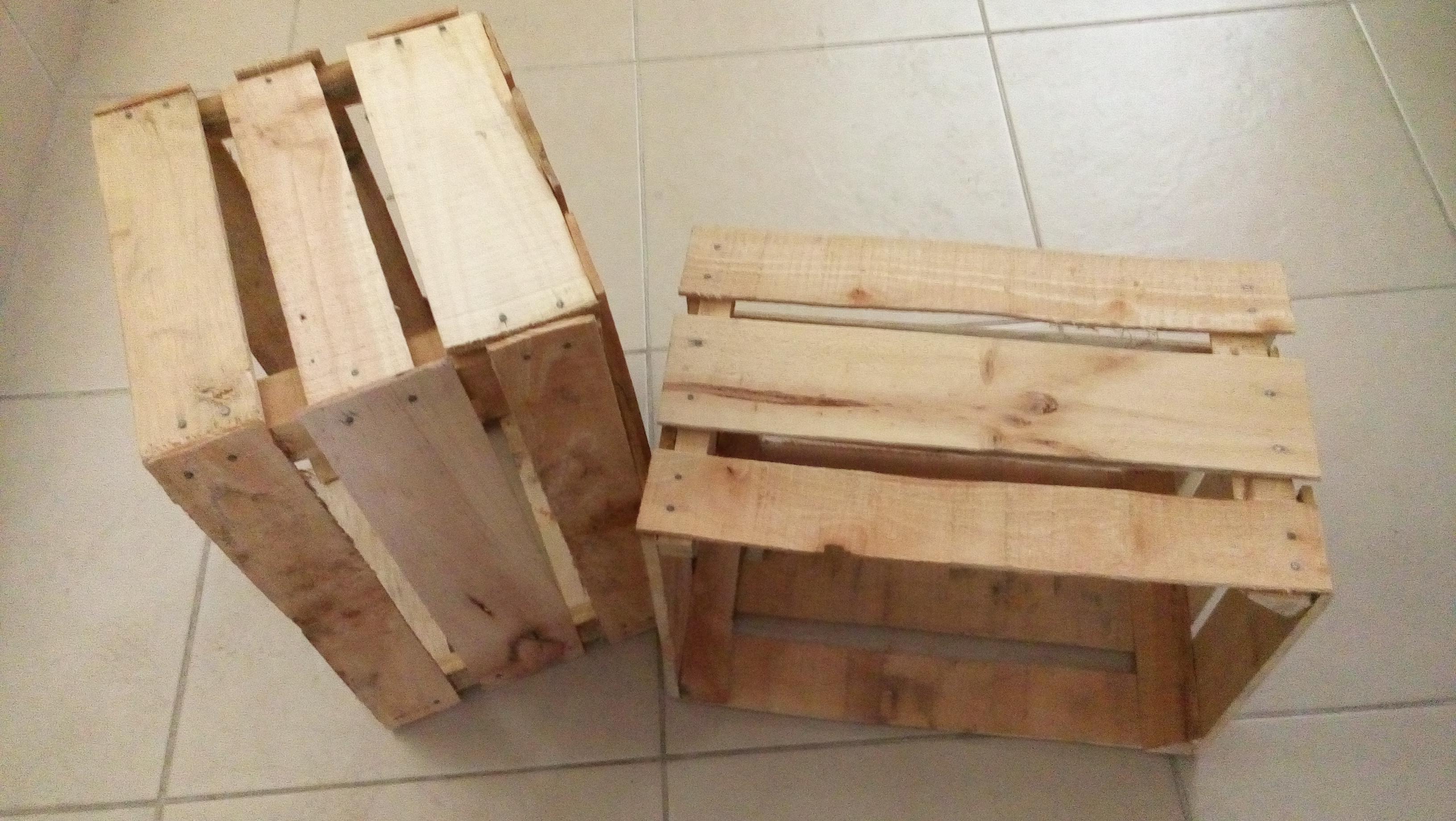 Huacales for Como reciclar puertas de madera