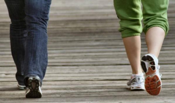 Caminar tiene múltiples beneficios.